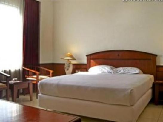Karlita International Hotel2