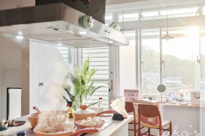 【老透天改造】廚房中島完成,廚藝教室終於可以開張@藍天中島抽油煙機