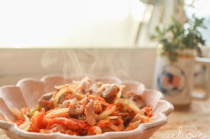 【中式料理】久久就想來一盤的泡菜炒豬肉片。