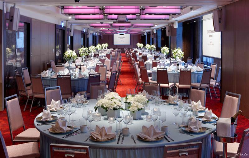 2018雙北婚宴餐廳場所,臺北新北5大推薦婚宴飯店宴會廳,萬豪萬怡美福都在這 - 走在採訪的路上