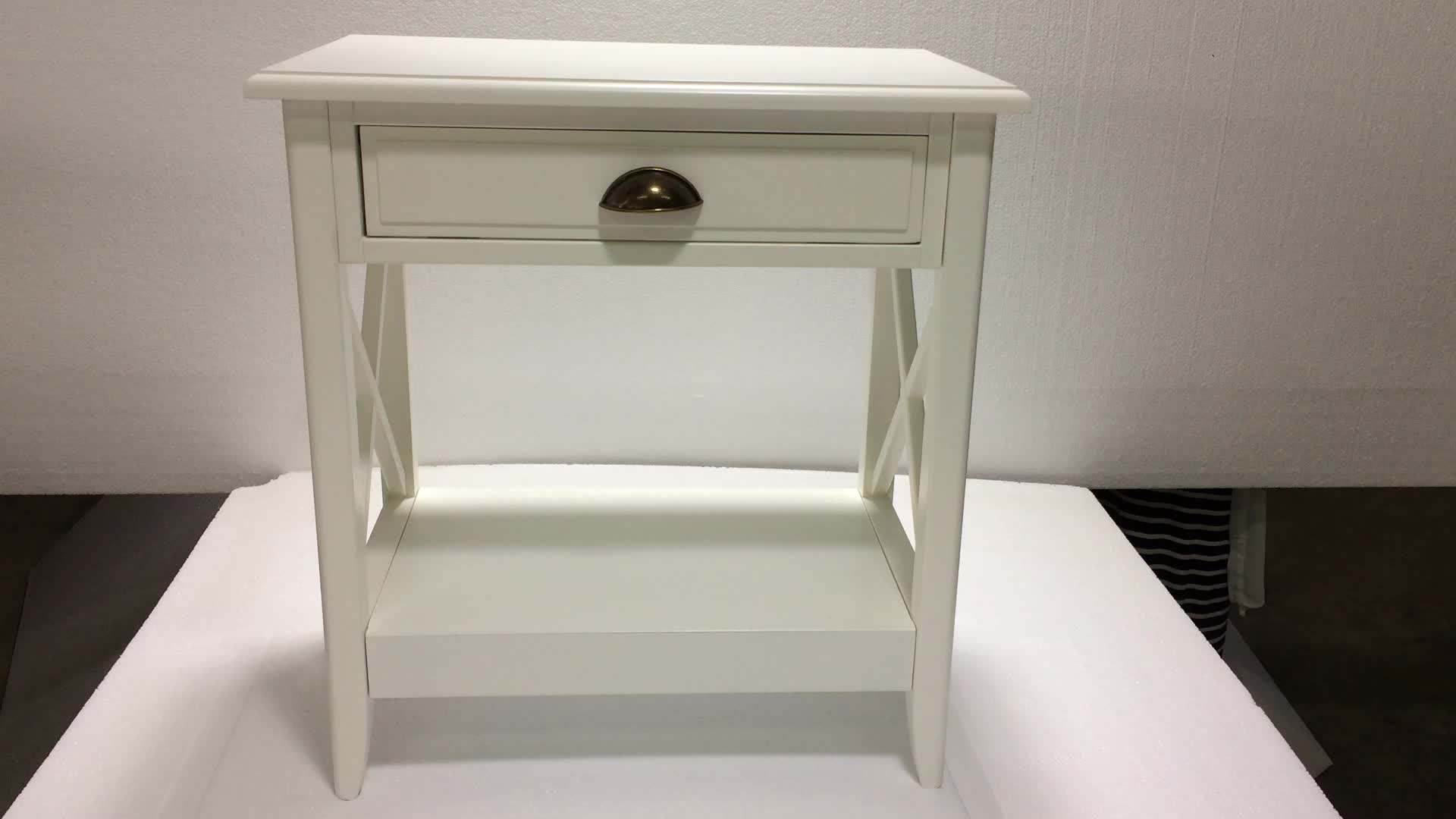 China Manufacturer Small Size Wooden White Bedside Table