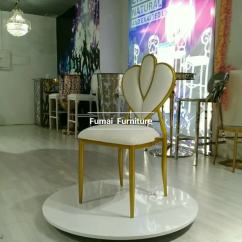 Alibaba Royal Chairs Folding Table Commercial Hotel Furniture Crown Wedding Banquet
