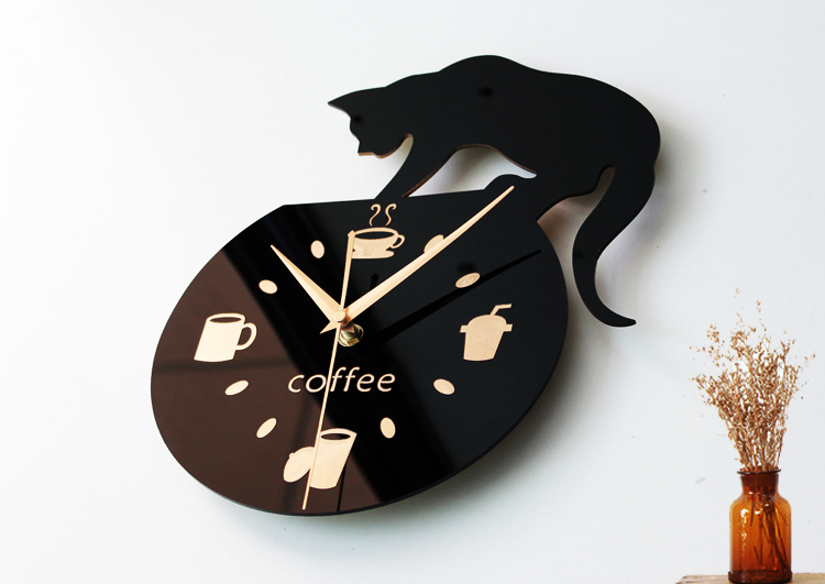 Creative Wall Clock Cat Climbing Coffee Kitchen Watch