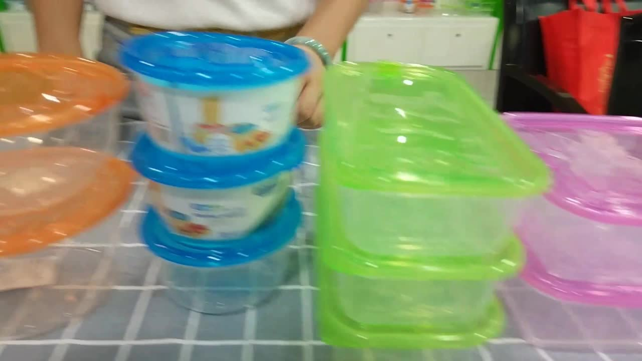 950ml Customized Portable Food Storage Container With