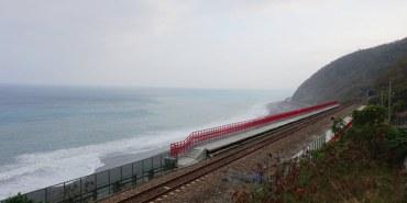 【台東.太麻里】多良車站.台灣最美的車站?!含列車行經時刻表.向陽薪傳木工坊