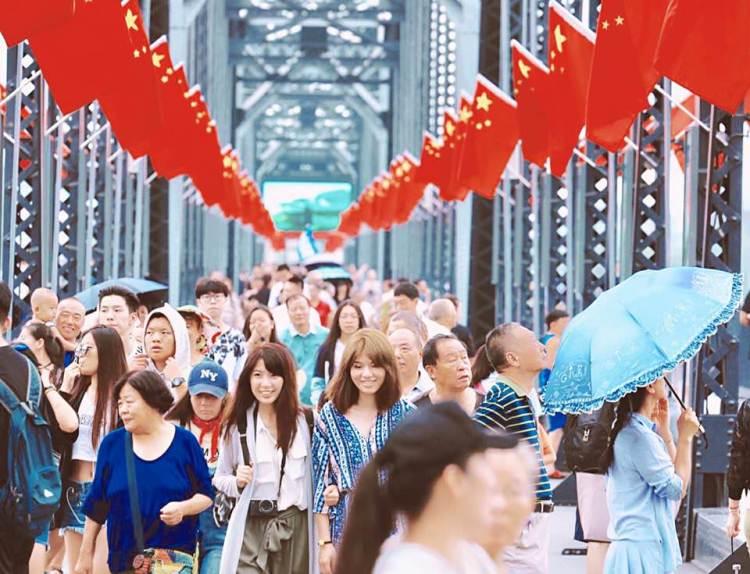中國東北。丹東|鴨綠江斷橋.中朝友誼橋 從中國看朝鮮