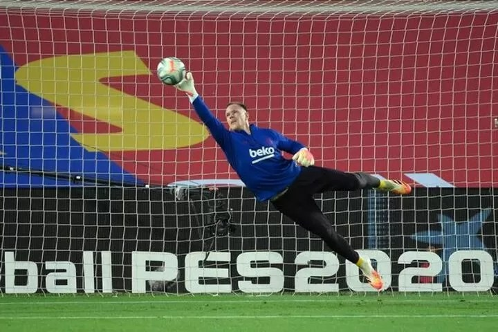Chelsea 'make offer' to Barcelona's Marc-Andre ter Stegen in search for Kepa replacement 3