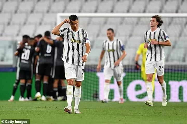 Cristiano Ronaldo breaks silence after Champions League exit, promising to 'come back stronger' 4