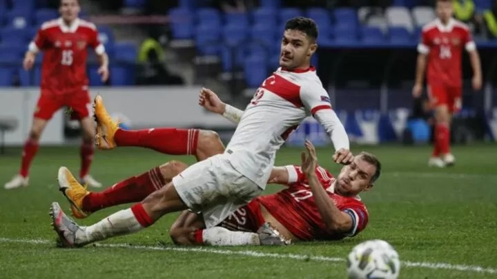Liverpool consider signing Kabak to cover for Van Dijk 2