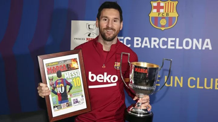 Messi: It's horrible playing without fans in the stadium 2