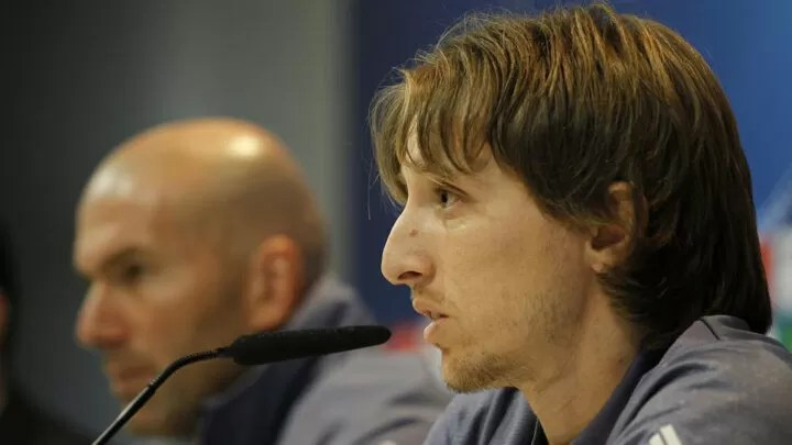 Modric: I'm talking with Real Madrid and my contract renewal is going in the right direction 2