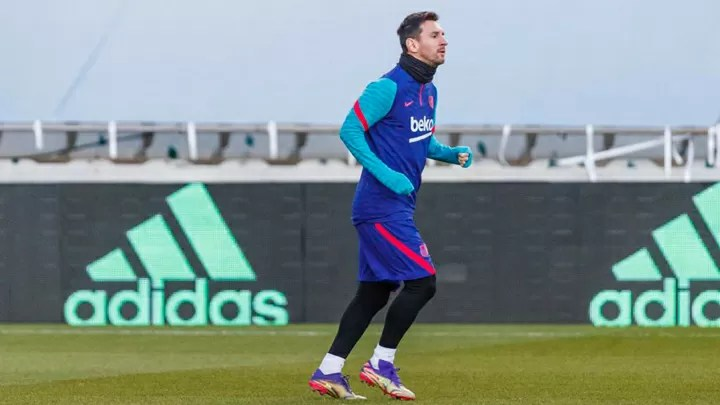Messi misses training for Supercopa final 2