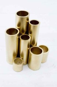 Spray Paint PVC Pipe for Gold Bookends - Stand up Straight!