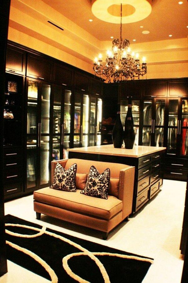 Glamorous Walk in Closet  52 Dream Closets We All Dream