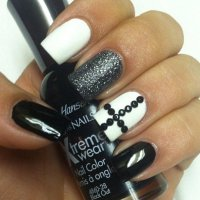 A Cross - These 32 Black and White Nail Art Patterns Will ...