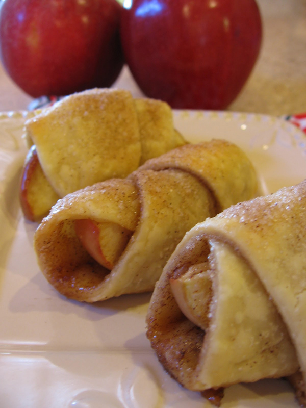 bite sized apple pies 10 easy crescent roll recipes