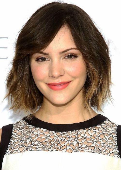 21 Süße Frisuren Für Das Herzförmige Gesicht Community