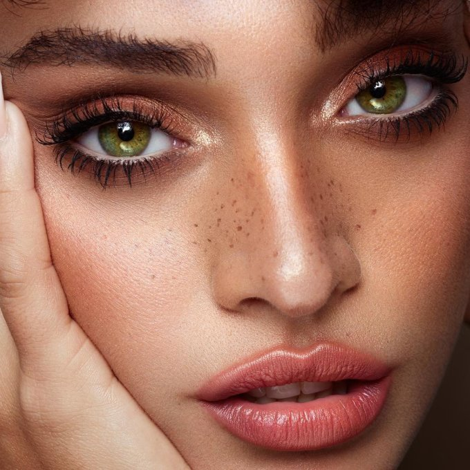 7 fab makeup tricks to enhance the green in your eyes