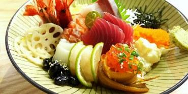 【新竹美食】東區 魚鮮會社(關新店) ● 讓人眼睛為之一亮的澎派海鮮丼來啦!❤❤