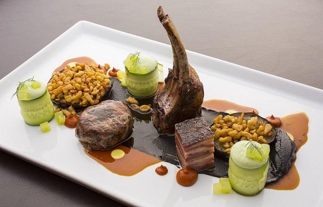 Gourmet ελληνικό πιάτο Es