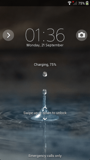 Android XPERIA™ Blue Water Theme Screen 3