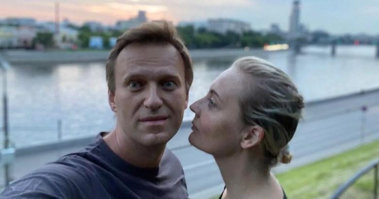 Фото Навальный начал говорить и вспомнил день отравления - Spiegel