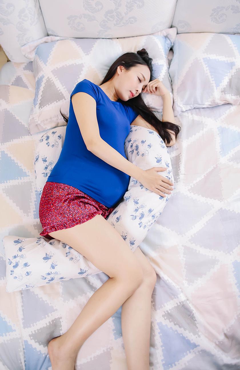 【懷孕大小事】孕人必備!英國Dreamgenii孕婦枕~從孕中期開始陪我好睡的超級好物 - ANGEL's PARADISE安啾的遊樂場