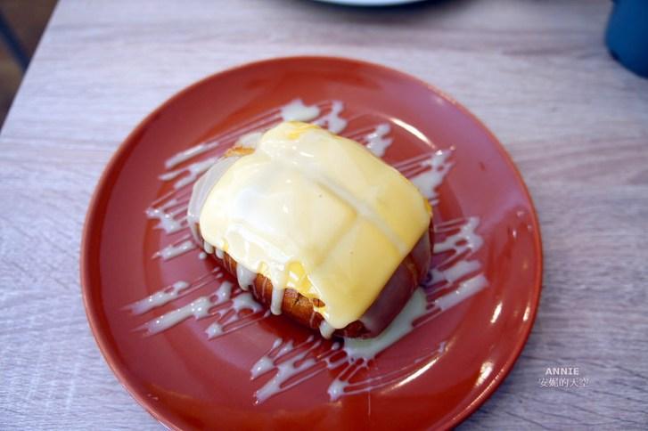970b1084495a4c0d760c6b5cf722d5e3 - [中和早餐]  FOOD LIFE福來早餐  原本是為了肉蛋吐司而來 最後愛上起士煉乳炸饅頭 鄰近中和環球百貨