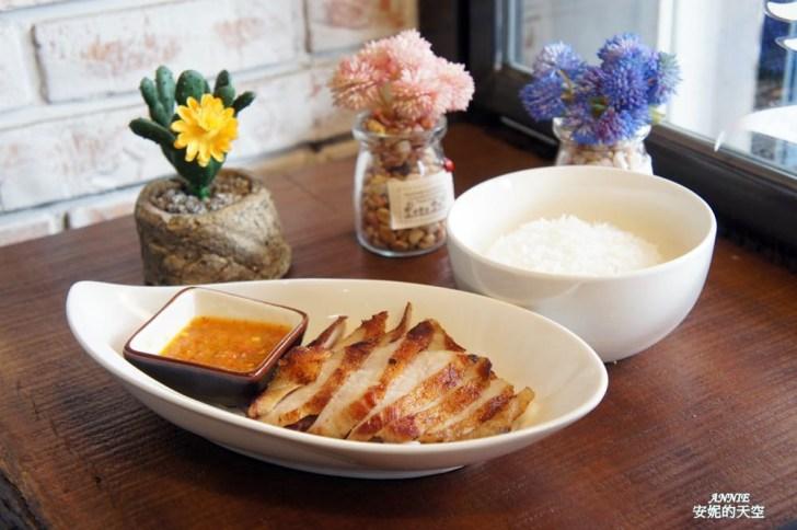 20171224192511 55 - [熱血採訪] 新莊輔大美食║Double泰 南洋風味料理║一個人也能品嘗的泰式料理 聚餐約會推薦餐廳