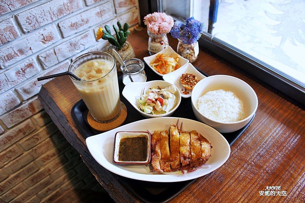新莊輔大美食║Double泰 南洋風味料理║一個人也能品嘗的泰式料理 聚餐約會推薦餐廳 - 安妮的天空