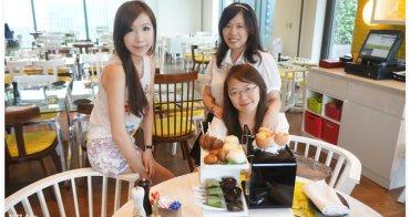 <台北> [下午茶] 享受當貴婦的優閒 ♥ W Hotel The kitchen table 黑白下午茶