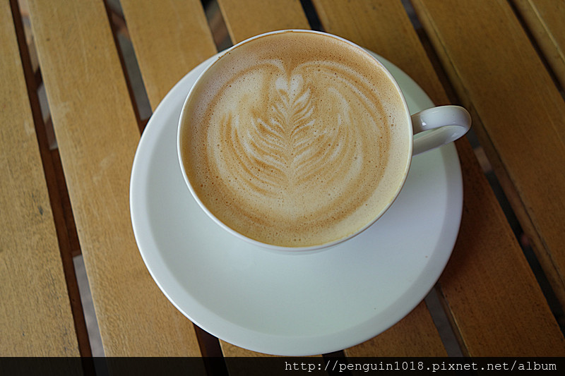【南投市】鳳山寺豬舍咖啡-豬寮咖啡;微熱山丘附近的另類小咖啡館,豬舍裡面喝咖啡!顛覆傳統浪漫氣氛,咖啡館呈現另類的簡樸自然風!