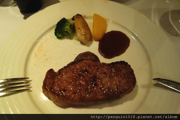 【員林】厝頂牛排Roof Steak House;在員林一定要來吃的驚豔排餐!