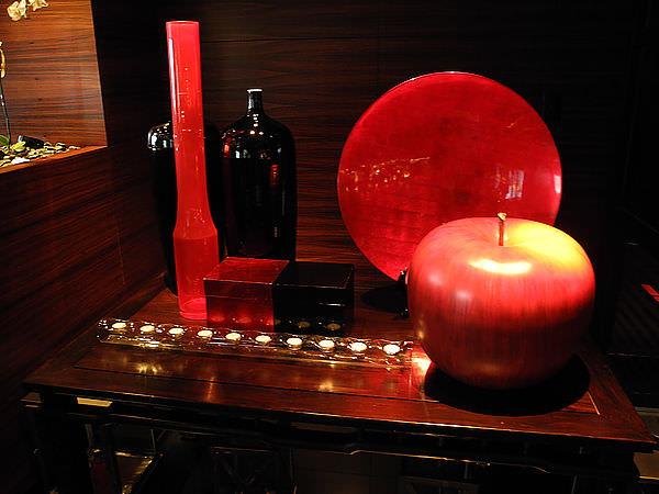 【臺北】L'ATELIER de Joël Robuchon 侯布雄法式餐廳;黑與紅極致美麗的強烈色調。 - 螞蟻幫的櫥櫃