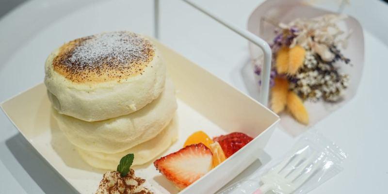 TWO DAY日日鬆餅 | 台中逢甲清爽澎鬆舒芙蕾鬆餅店,逢甲特色甜點美食推薦。