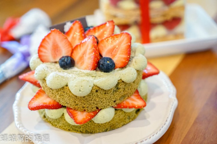 台中豐原Que du Bonheur 格外幸福法式甜點店 | 豐原火車站附近超人氣法式甜點店!季節限定草莓千層。