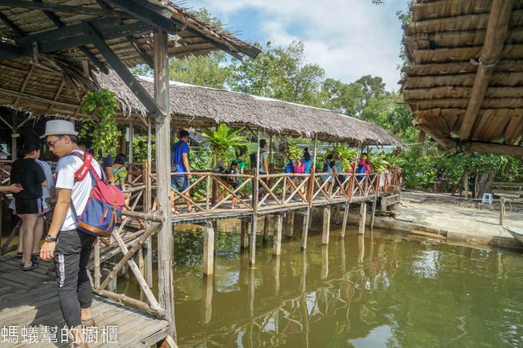 馬來西亞沙巴龍尾灣Borneo Kellybays | 沙巴必訪景點,龍尾灣搭渡船,水上活動、偷得浮生半日閒。