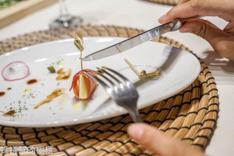 台東市深黑義餐酒館 | 台東糖廠文創園區,台東市高質感創意餐酒館,寵物友善餐廳。