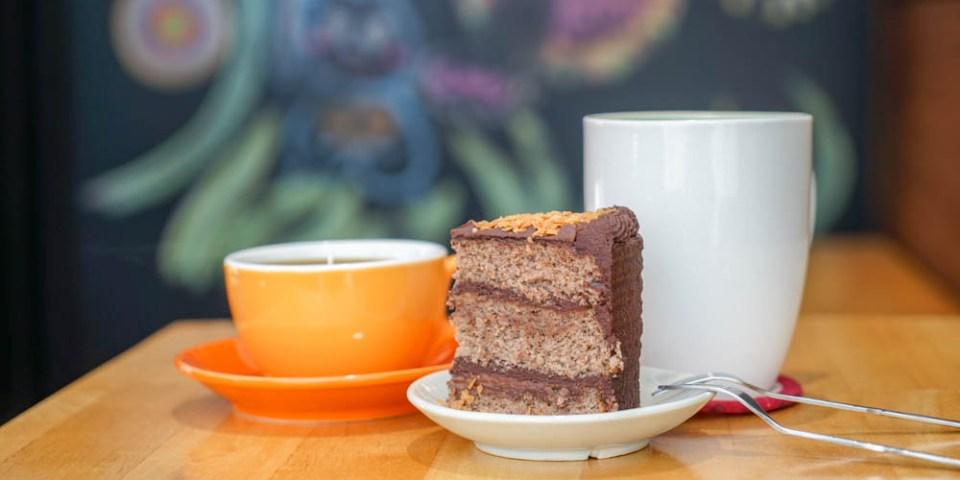 老窩咖啡(員林店)&麓上咖啡 | 彰化大村大葉大學附近咖啡館,下午茶甜點聚餐。