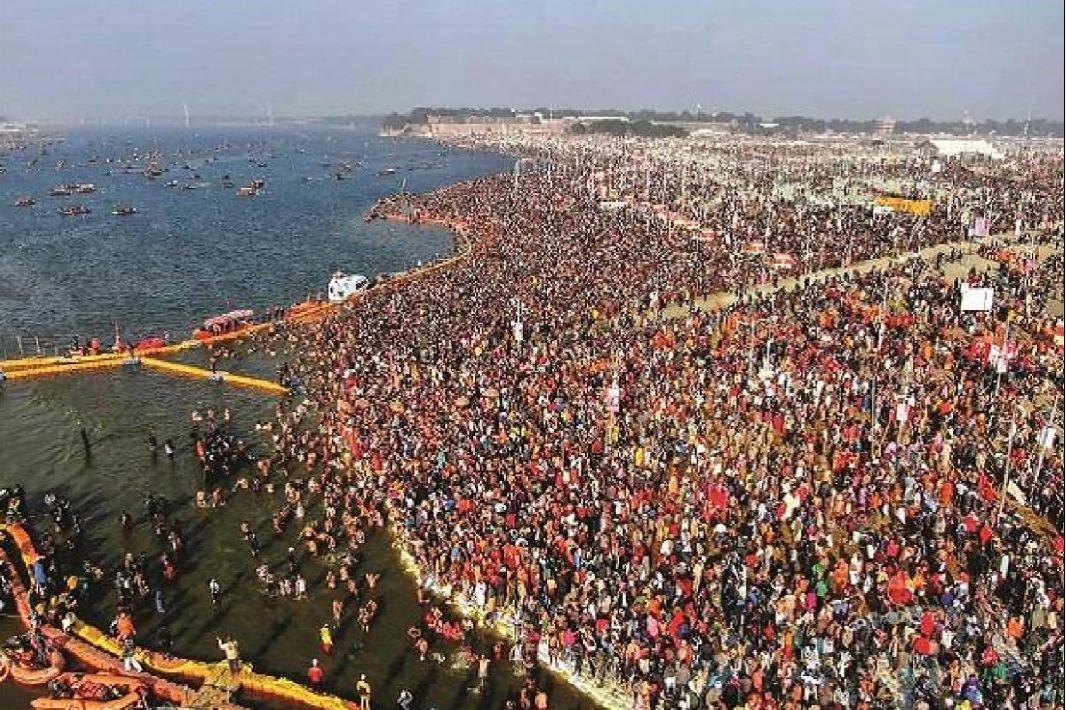 Huge crowds rushes to Khumb Mela despite corona scares