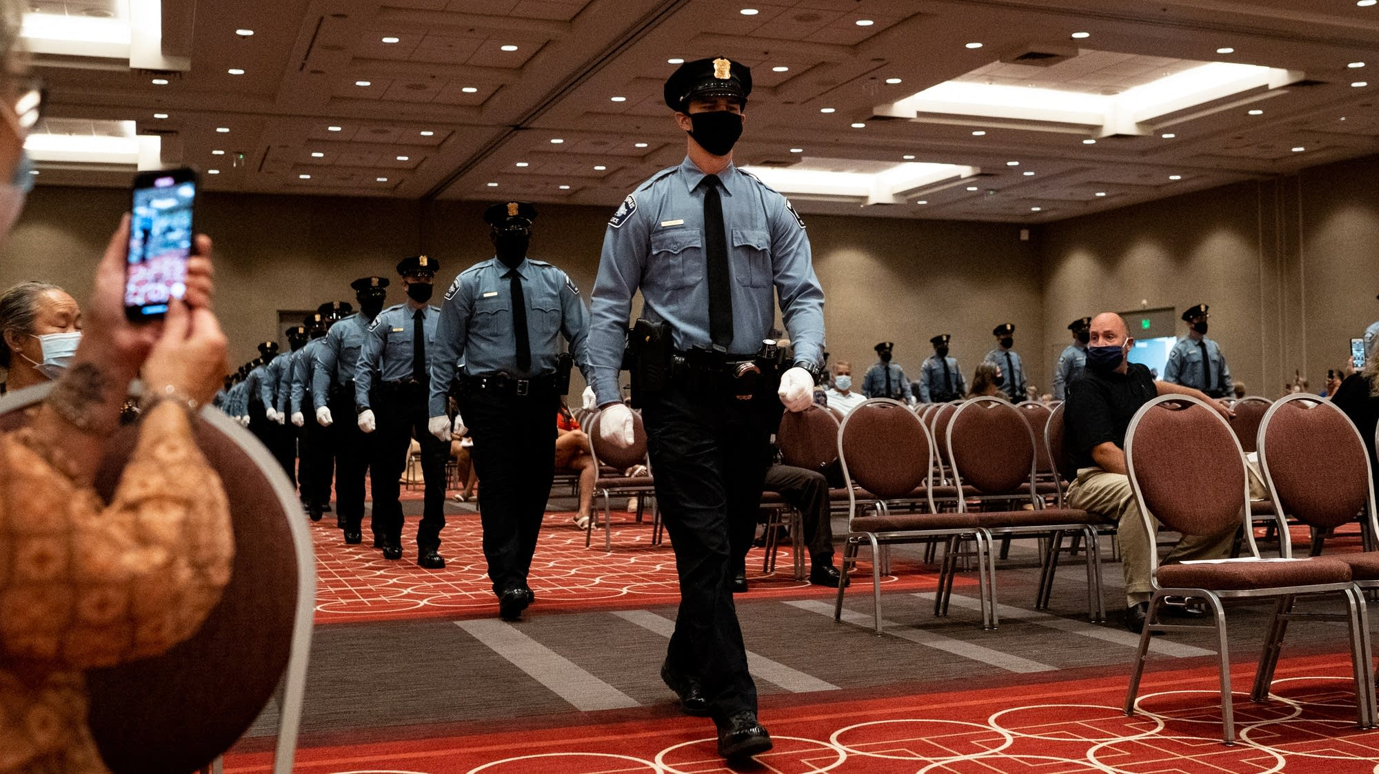 Minneapolis police welcome 29 recruits, who 'pulled