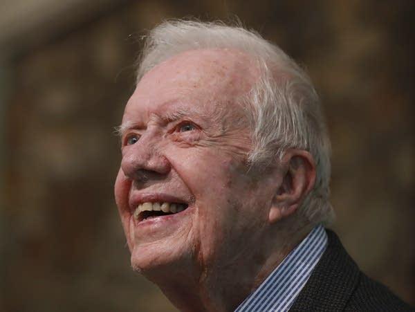 Jimmy Carter after hip surgery back teaching Sunday ...