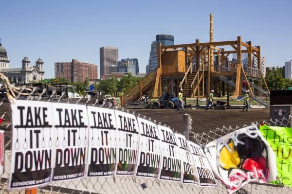 Walker Art Center' 'scaffold' Dismantled Burned