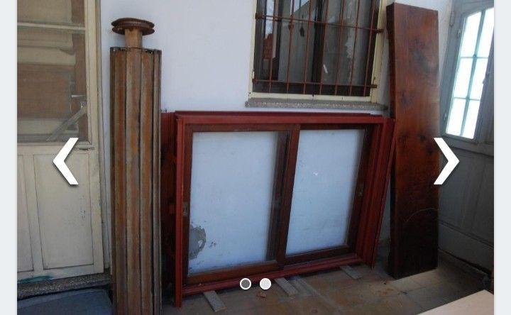 Cucha de madera con techo de chapa cincalum  Posot Class