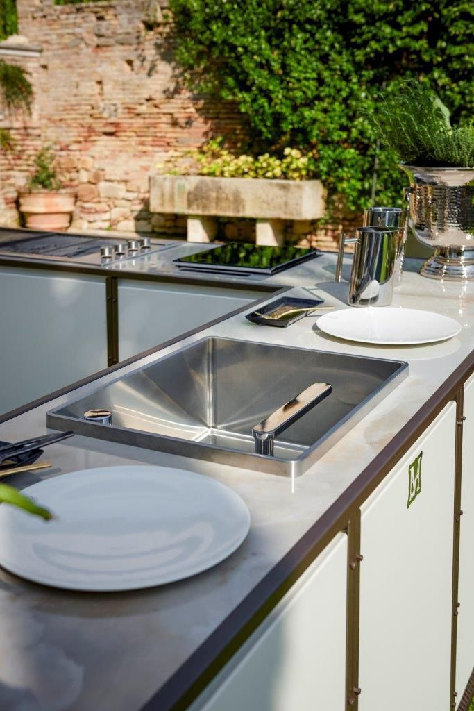 modern outdoor kitchen farm sinks for kitchens 户外厨房 现代风格 钢 铝制 sectional samuele mazza by dfn srl