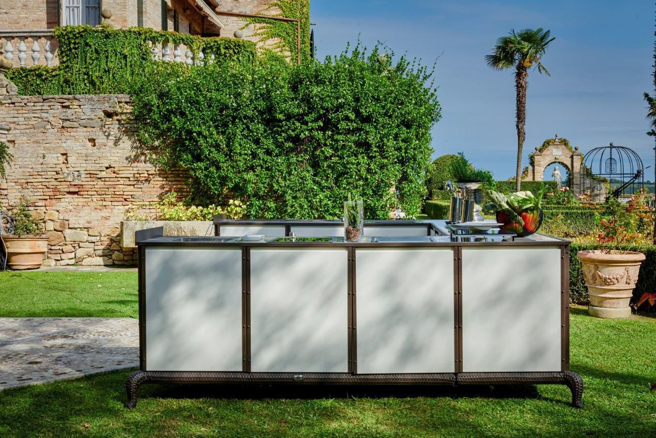 modern outdoor kitchen table sets for sale 户外厨房 现代风格 钢 铝制 sectional samuele mazza by dfn srl