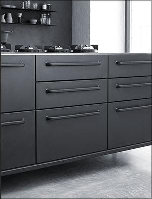 rolling island kitchen designing 现代风格厨房 不锈钢 岛台式 avec poignees module vipp