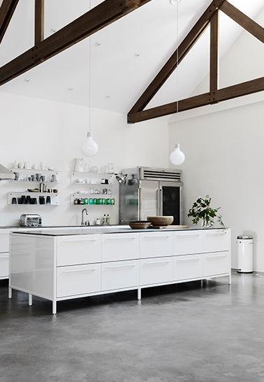 rolling island kitchen round glass tables 现代风格厨房 不锈钢 岛台式 avec poignees module vipp