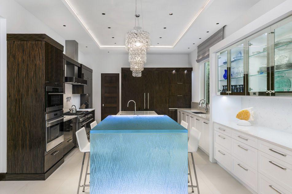 kitchen counters tv mount 厨房柜台 玻璃 直线型 发光 thinkglass