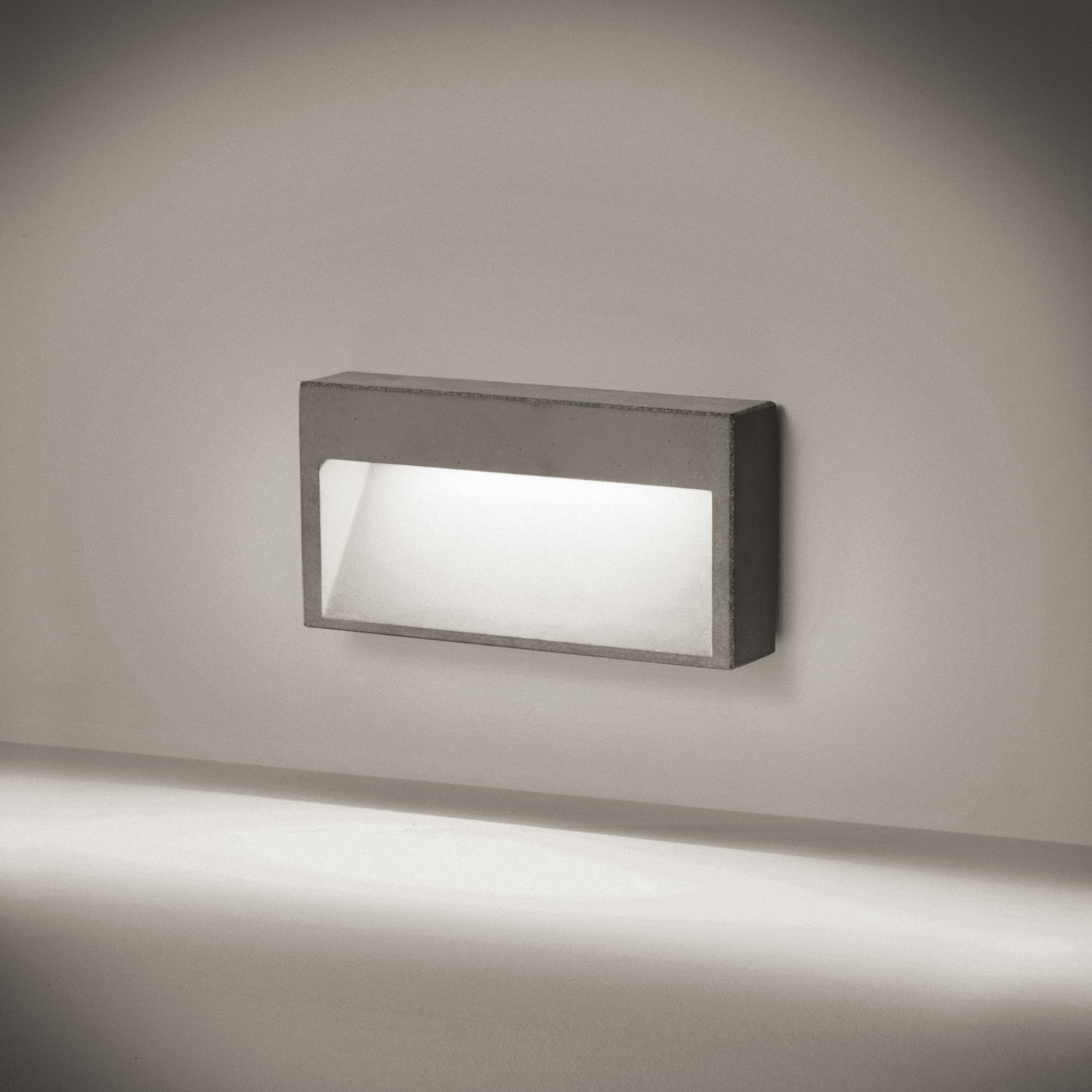 recessed wall light fixture concrete